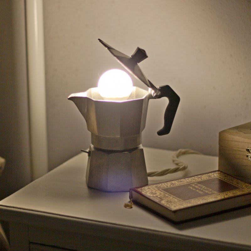 Arredamento lampada caffettiera moka parma – lampada da scrivania | T007