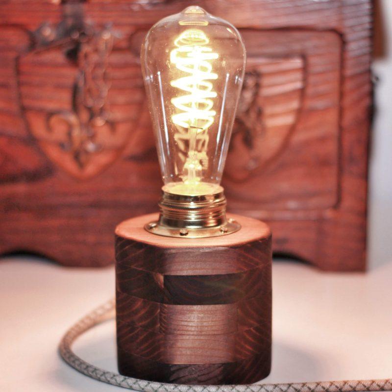 Arredamento luce design parma – lampada da tavolo | T009