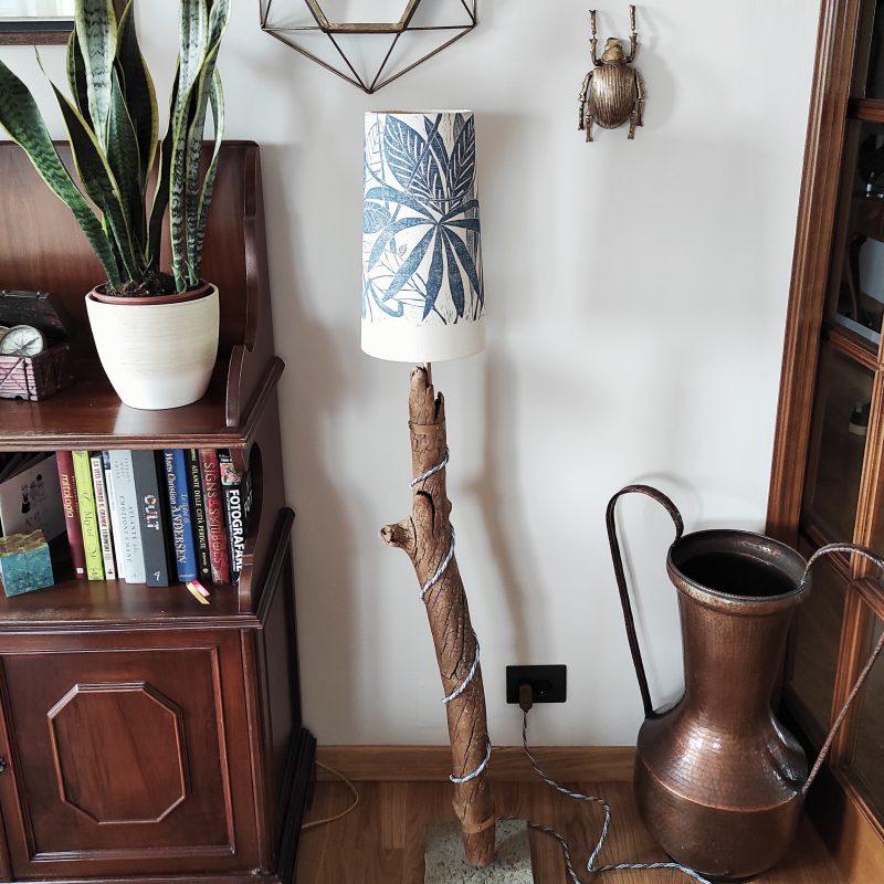 Lampada in legno naturale – paralume – jungle – parma | T022