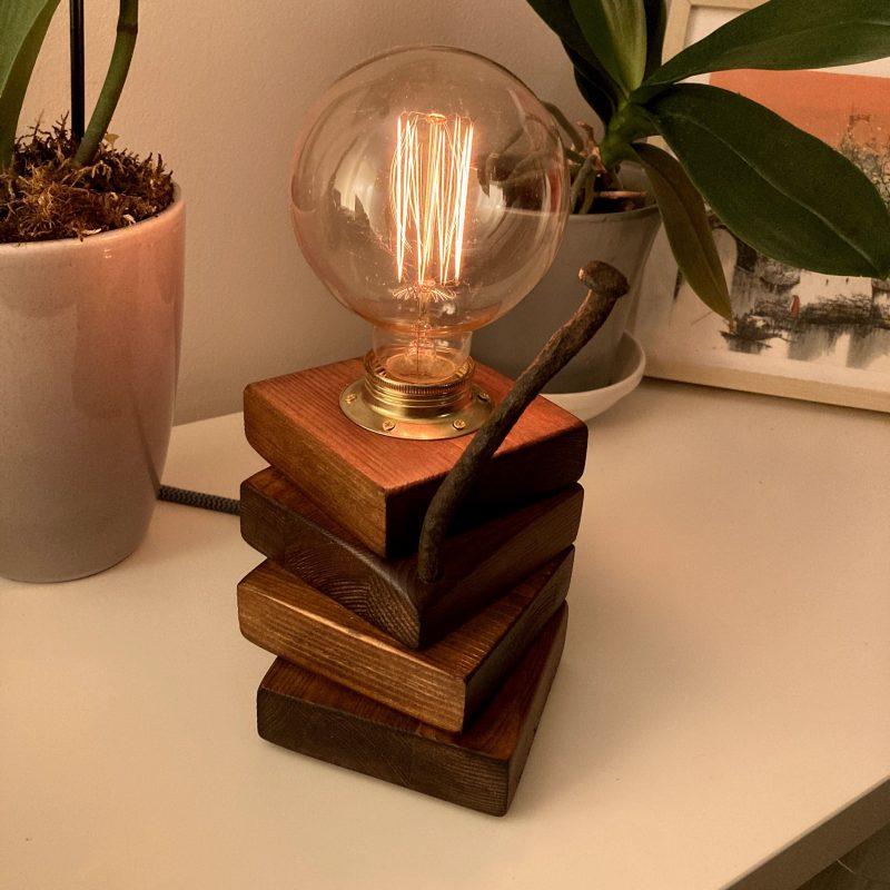 Lampada legno – Accensione touch – lampade design parma | T032